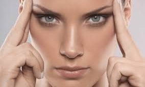 göz çevresi kırışıklığı, göz çevresi kırışıklıklarına çözüm, göz altı kırışıklığına çözüm